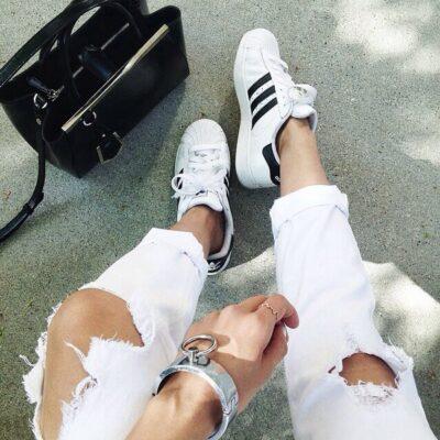 Phối đồ với giày Adidas superstar 13
