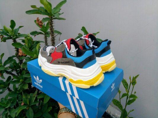 giày balenciaga triple s đỏ 2