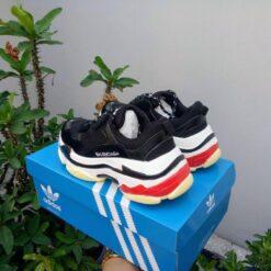 giày balenciaga triple s đen 2
