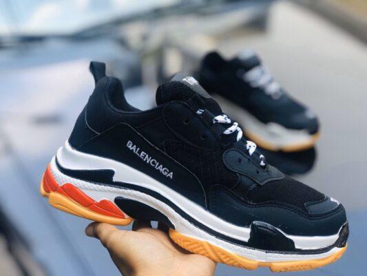 Giày Balenciaga Fake màu đen